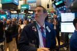 Wall Street, sur ses gardes, en ordre dispersé à l'ouverture