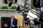 Trump Dismisses Recession Risk But Floats Ideas for Stimulus