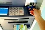 Đề xuất tăng phí chia sẻ giao dịch rút tiền ATM lên 8.800 đồng từ ngày 1/8