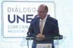Alckmin defende reforma política em evento com presidenciáveis