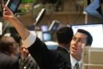 S&P 500 chạm kỷ lục, gần như đi ngang trước thềm cuộc họp của Fed