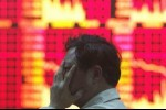 Sắc đỏ bao trùm chứng khoán châu Á, Hang Seng rớt hơn 850 điểm