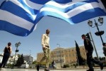 Hy Lạp thoát khỏi gói cứu trợ quốc tế, song sức ép vẫn nặng nề