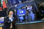 NY株続落、177ドル安 米景気回復の遅れ懸念
