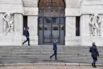 Borsa Milano chiude in forte calo, -1,7%