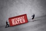 Giảm tỷ lệ sử dụng vốn ngắn hạn cho vay trung dài hạn sẽ ảnh hưởng đến lãi suất như thế nào?