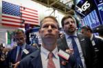 Dow Jones tăng nhẹ sau tuyên bố từ Fed, cổ phiếu công nghệ gây sức ép lên S&P 500