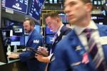 Wall Street ouvre en légère baisse face à une multitude d'incertitudes