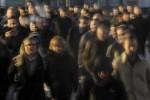U.K. Labor Market Freezes Amid Brexit, Election Uncertainty