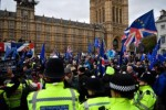 Brits parlement wijst brexitdeal May af