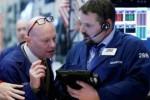 Đà tăng của nhóm cổ phiếu công nghệ và năng lượng kích Phố Wall khởi sắc