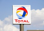 Exclusive - Total resumes $2.5 billion Nigerian deepwater oil field sale