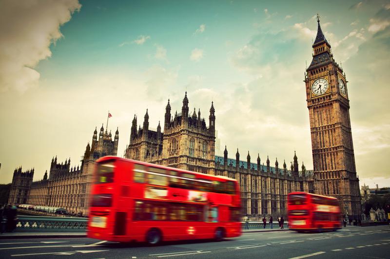 EС хочет обязать Лондон производить ежегодные выплаты и после Brexit