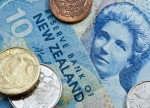 Forex - Kiwi, Aussie decline vs. broadly stronger greenback