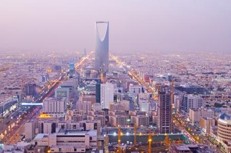 عاجل: 5 مهن لن تشملها مبادرة الموارد البشرية السعودية - تعرف عليها