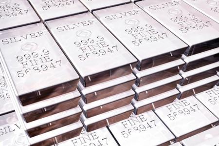 8月3日现货黄金、白银、原油、外汇短线交易策略