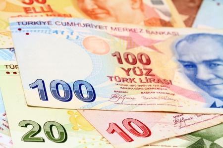عاجل: تصريح من إردوغان وآخر من بايدن يهبطان بالليرة التركية