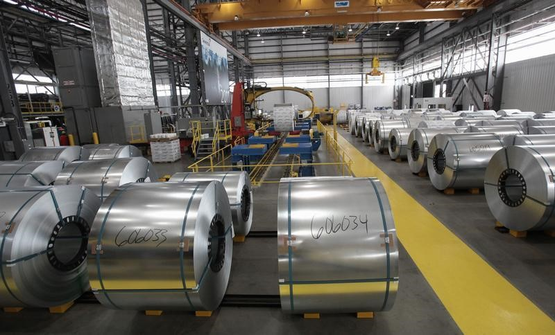 © Reuters. Steel coils wait to be shrink wrapped and shipped to customers at the Severstal steel mill in Dearborn, Michigan