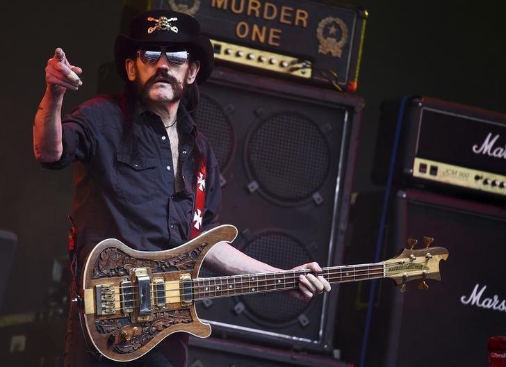 "Líder da banda Motorhead ""Lemmy"" Kilmister morre aos 70 anos"
