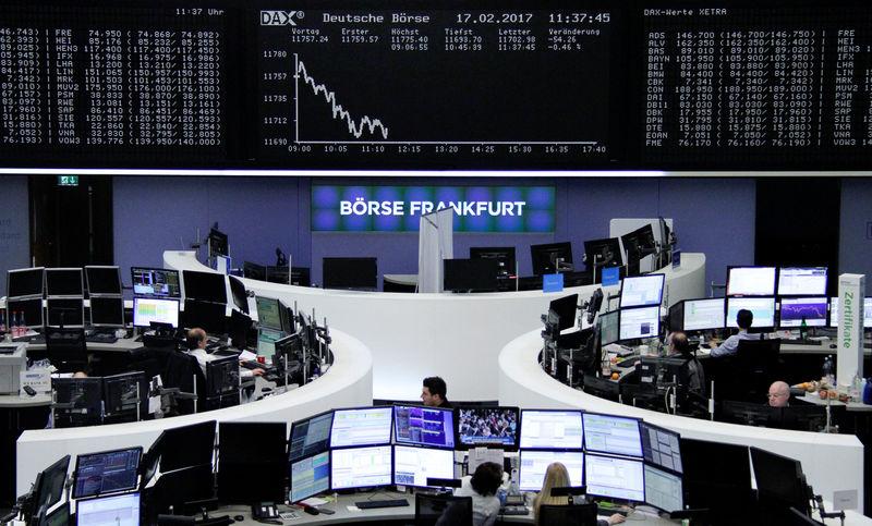 © Reuters. أسهم أوروبا تسجل مكاسب للأسبوع الثاني مع صعود يونيليفر