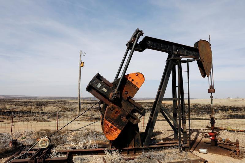 © Reuters. Нефтяной насос в Техасе