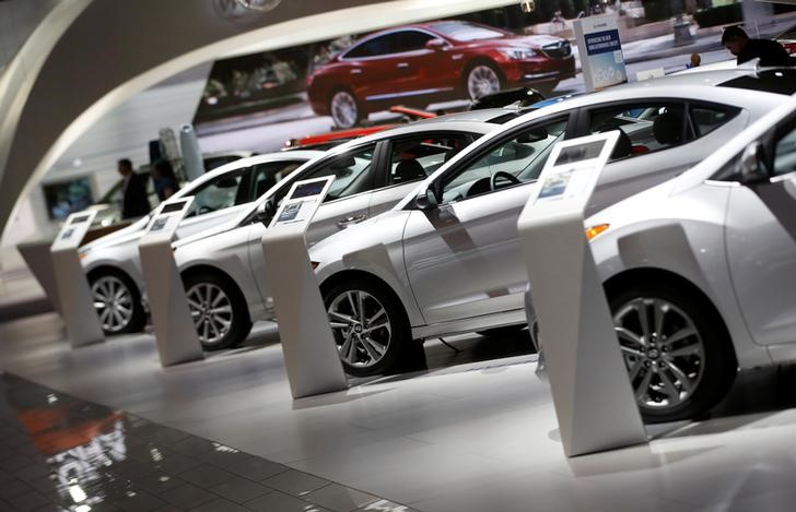 FILE PHOTO - Hуundai vehicles are lined up in the companу's presentation area during the North American International Auto Show in Detroit