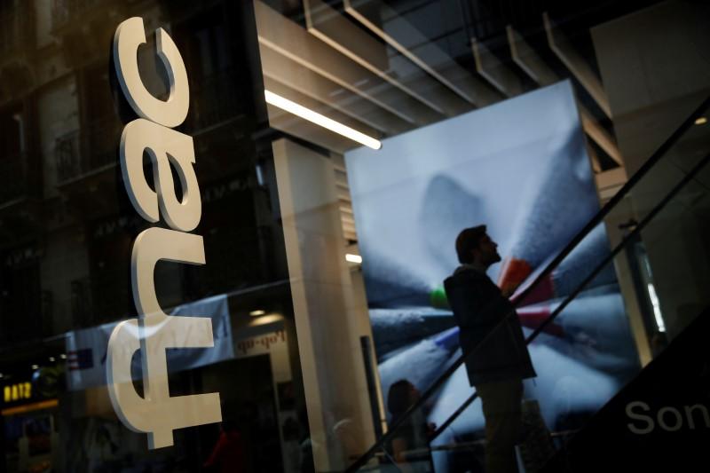 © Reuters. FNAC DARTY: LE CA RECULE DE 3,2% AU 1ER TRIMESTRE SUR UNE COMPARAISON ÉLEVÉE