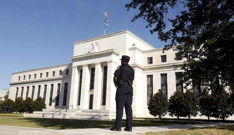 Fed vincula alzas de tipos a repunte económico