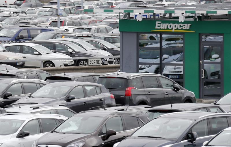 © Reuters. La francesa Europcar acuerda comprar la rival low-cost Goldcar