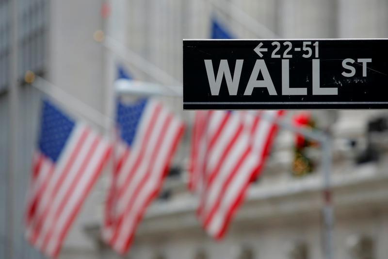 © Reuters. WALL STREET OUVRE DANS LE VERT