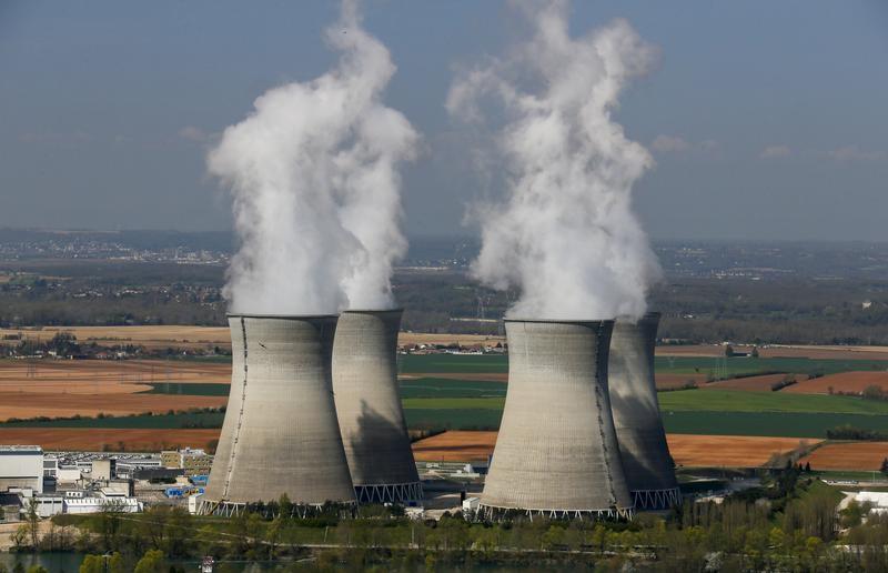 © Reuters. Incendio en un reactor de una planta nuclear cerca de Lyon