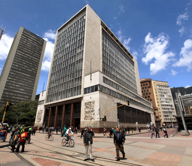 Rpa A Walks In Front Of The Colombian Central Bank Bogota