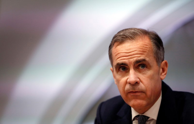 © Reuters. FILE PHOTO: Mark Carney, Governor of the Bank of England attends the quarterly Inflation Report press conference at the bank in London