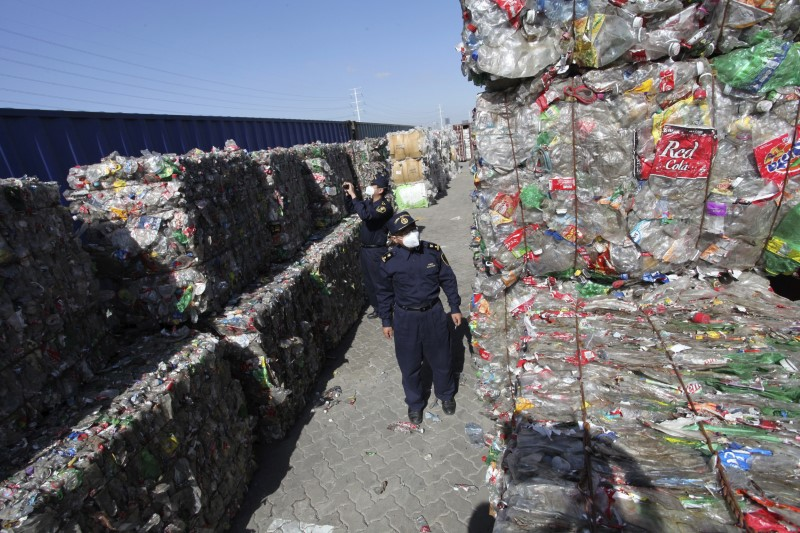 China notifies WTO of ban on plastic, paper, textile waste imports