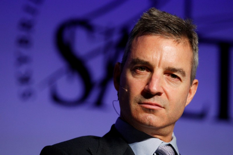 © Reuters. FILE PHOTO: Daniel S. Loeb, founder of Third Point LLC, participates in a panel discussion during the Skybridge Alternatives (SALT) Conference in Las Vegas