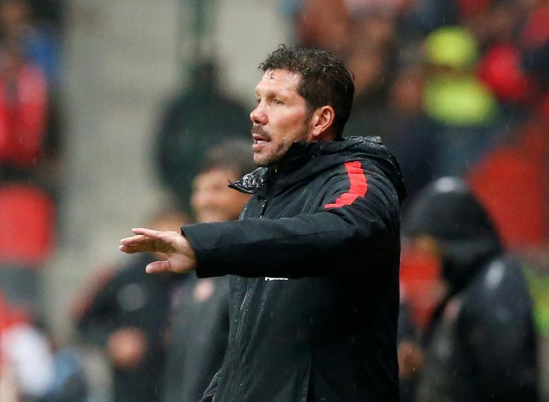 © Reuters. Un Atlético limitado para fichar pondrá sus esperanzas en la unidad del grupo