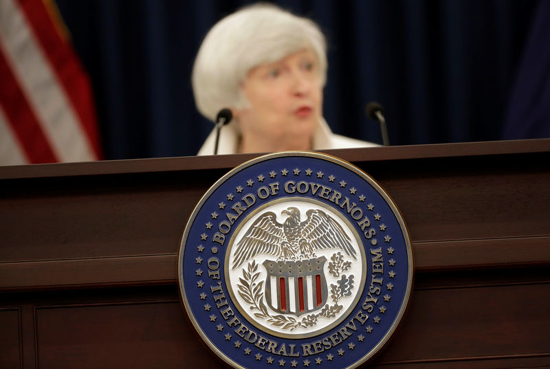 © Reuters. Federal Reserve Chairman Janet Yellen speaks during a news conference after a two-day Federal Open Markets Committee (FOMC) policy meeting, in Washington