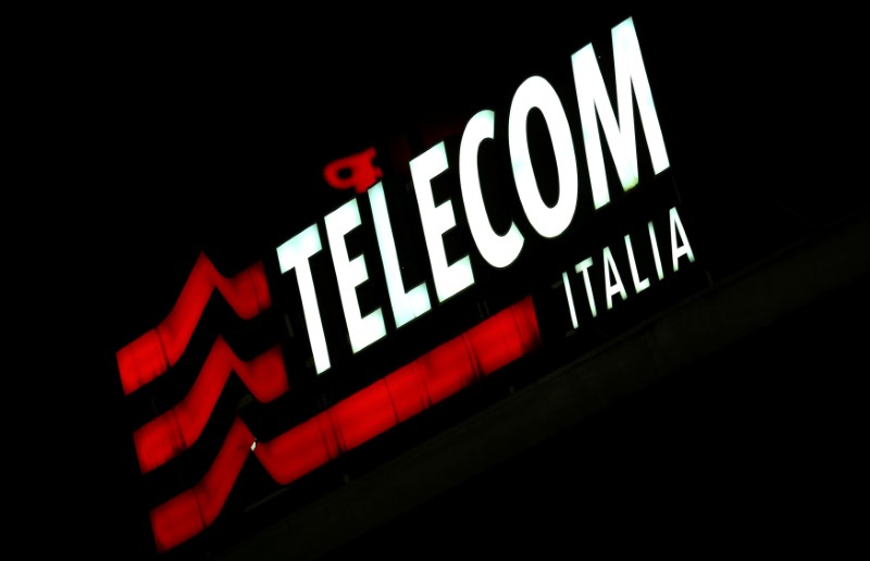 © Reuters. TELECOM ITALIA DIT AVOIR NOTIFIÉ SON CHANGEMENT D'ACTIONNARIAT