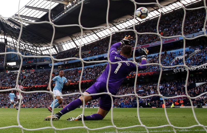 © Reuters. Premier League - Manchester City vs Stoke City