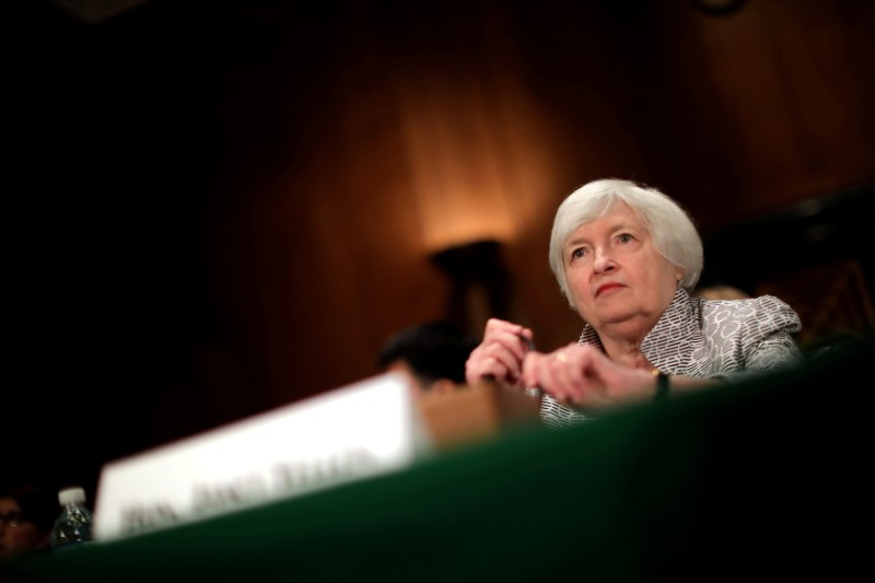 © Reuters. FILE PHOTO: Federal Reserve Chair Janet Yellen testifies before a Senate Banking Committee hearing on the 'Semiannual Monetary Policy Report to the Congress' on Capitol Hill in Washington