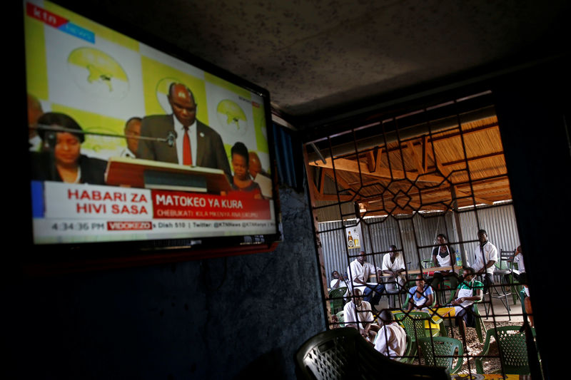presidential elections television as the main The three main opposition candidates in mali's presidential election announced sunday they were mounting a legal challenge in the channels television  presidential elections .