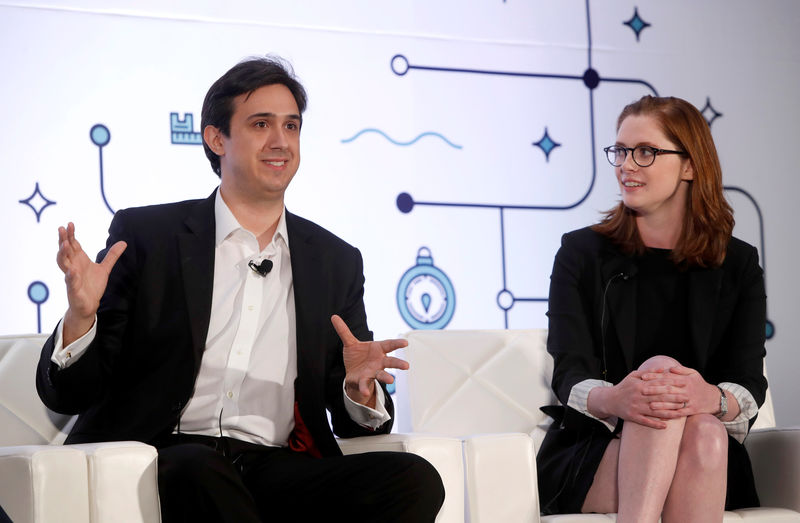 © Reuters. Tezos co-founder and CTO Arthur Breitman and his wife and co-founder Kathleen Breitman respond to questions during the Money 20/20 conference in Las Vegas