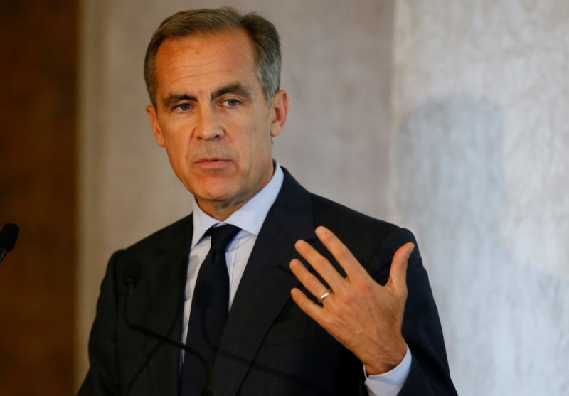 © Reuters. FILE PHOTO - The Governor of the Bank of England, Mark Carney, speaks at the Bank of England conference 'Independence 20 Years On' at the Fishmonger's Hall in London