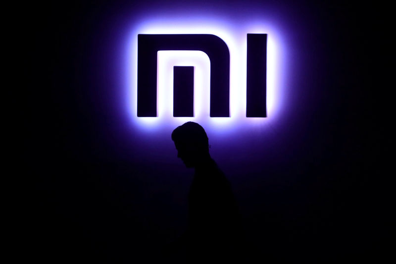 © Reuters. FILE PHOTO: A Xiaomi logo is pictured in Mexico City
