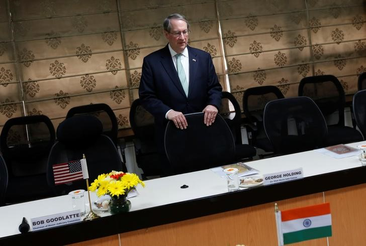 © Reuters. U.S. House Judiciary Committee chairman Goodlatte waits for the India's Minister of Law and Information and Technology Shankar to arrive before start of their meeting in new Delhi