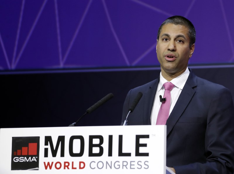 © Reuters. Pai, Chairman of U.S Federal Communications Commission, delivers his keynote speech at Mobile World Congress in Barcelona