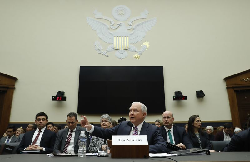 © Reuters. U.S. Attorney General Sessions testifies before a House Judiciary Committee oversight hearing on Capitol Hill in Washington