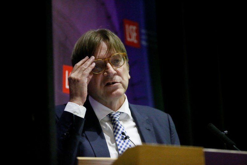 © Reuters. The European Parliament's Brexit coordinator Guy Verhofstadt speaks at the London School of Economics in London
