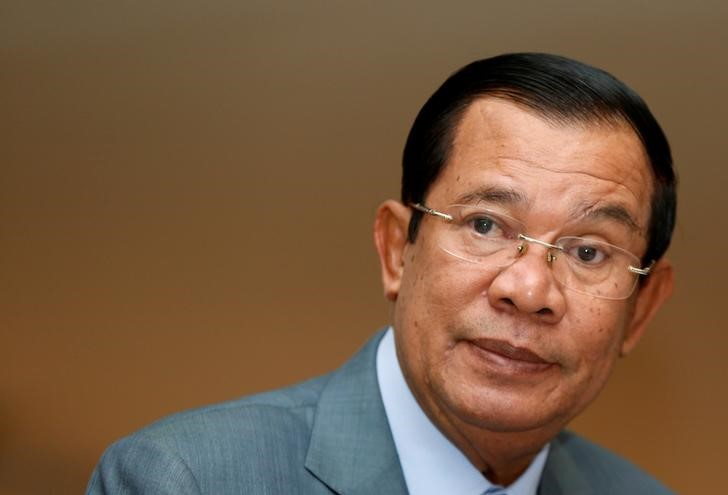 © Reuters. Cambodia's PM Hun Sen attends a plenary session at the National Assembly of Cambodia in central Phnom Penh