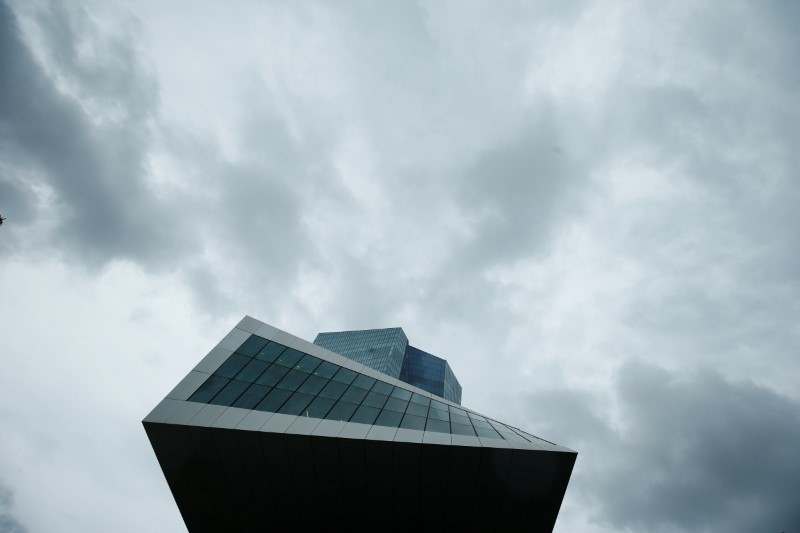 © Reuters. La sede della Bce a Francoforte